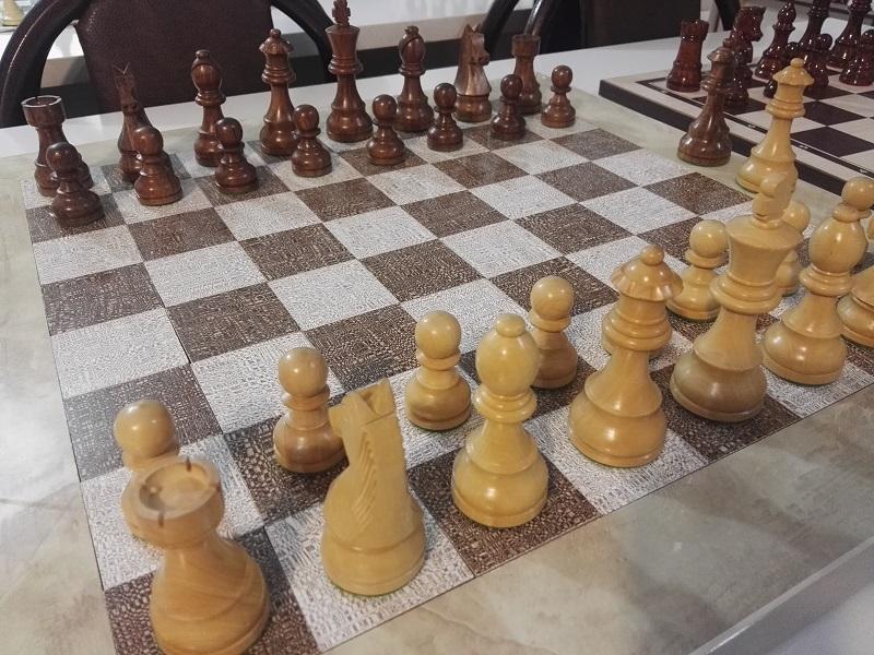 مهره های شطرنج dgt